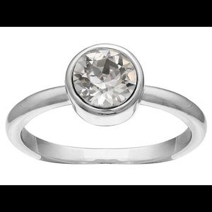 Jewelry - Solitaire Ring in Fine Silver Plate with Crystals